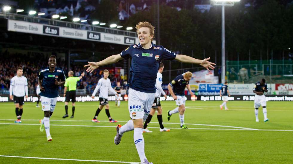 Martin Ødegaard (15 years old) - Strømsgodset & Norwegian National Team